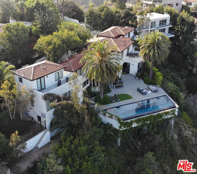2230 MARAVILLA Drive - Sunset Strip / Hollywood Hills West, California