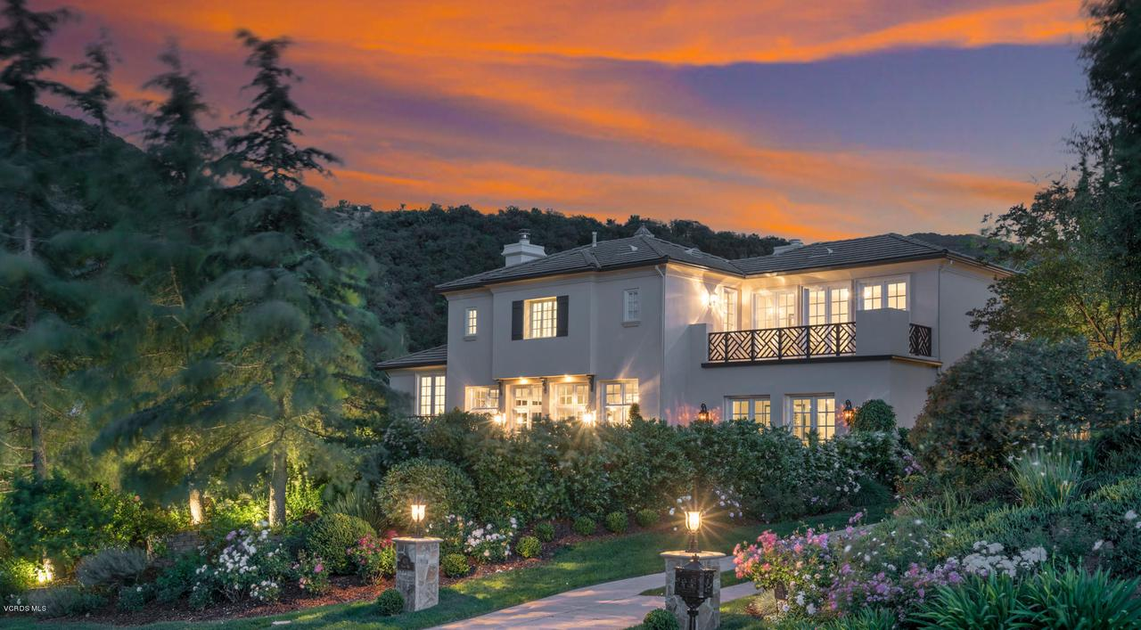 Photo of 674 DUCHY WAY, Thousand Oaks, CA 91361