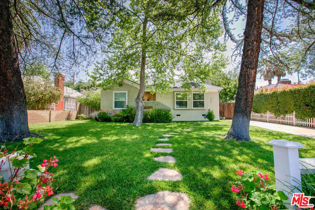 Photo of 5640 VESPER AVE, Sherman Oaks, CA 91411