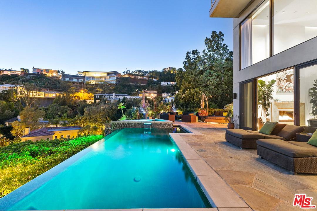Photo of 1573 SUNSET PLAZA DR, Los Angeles, CA 90069