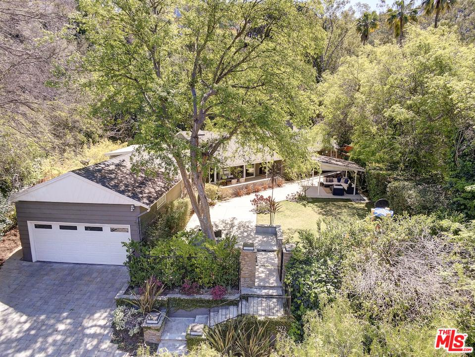 Photo of 3272 LONGRIDGE AVE, Sherman Oaks, CA 91423