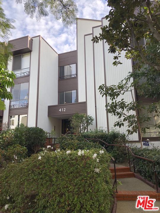 Photo of 412 N OAKHURST DR, Beverly Hills, CA 90210