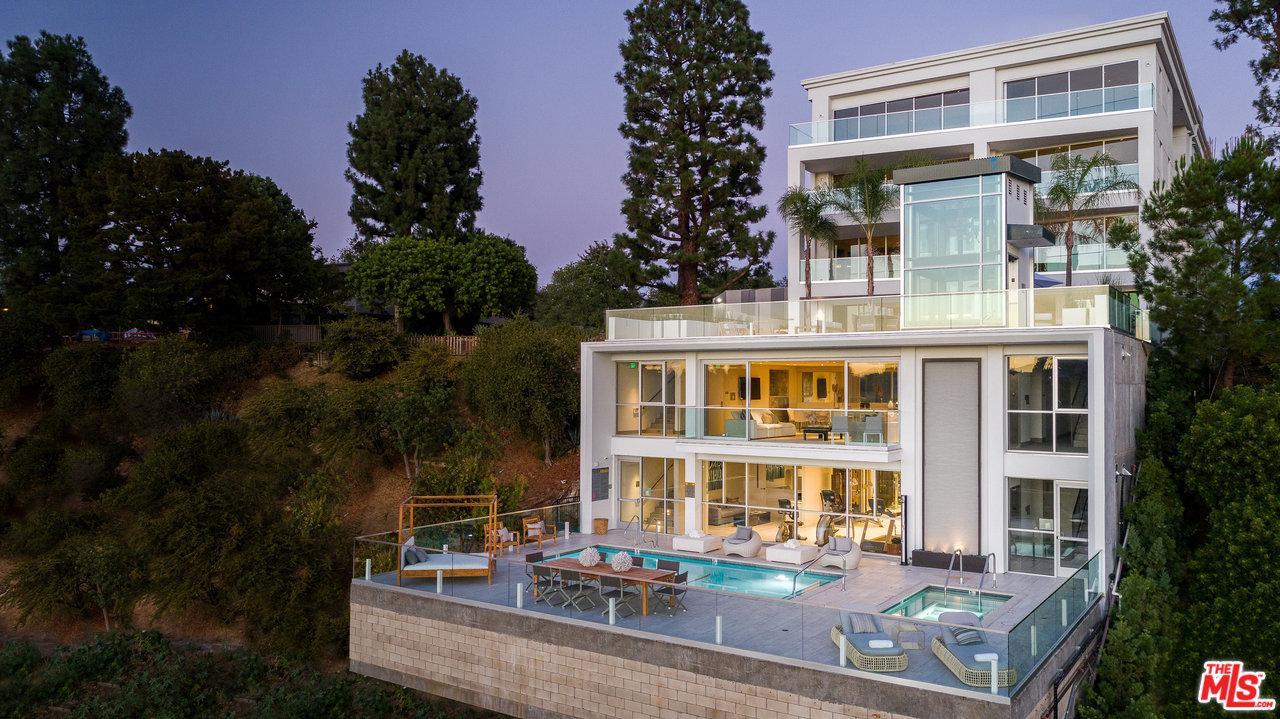 2391 ROSCOMARE Road - Bel-Air / Holmby Hills, California
