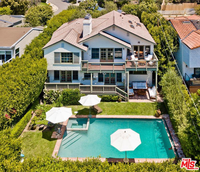 Photo of 14742 MC KENDREE AVE, Pacific Palisades, CA 90272