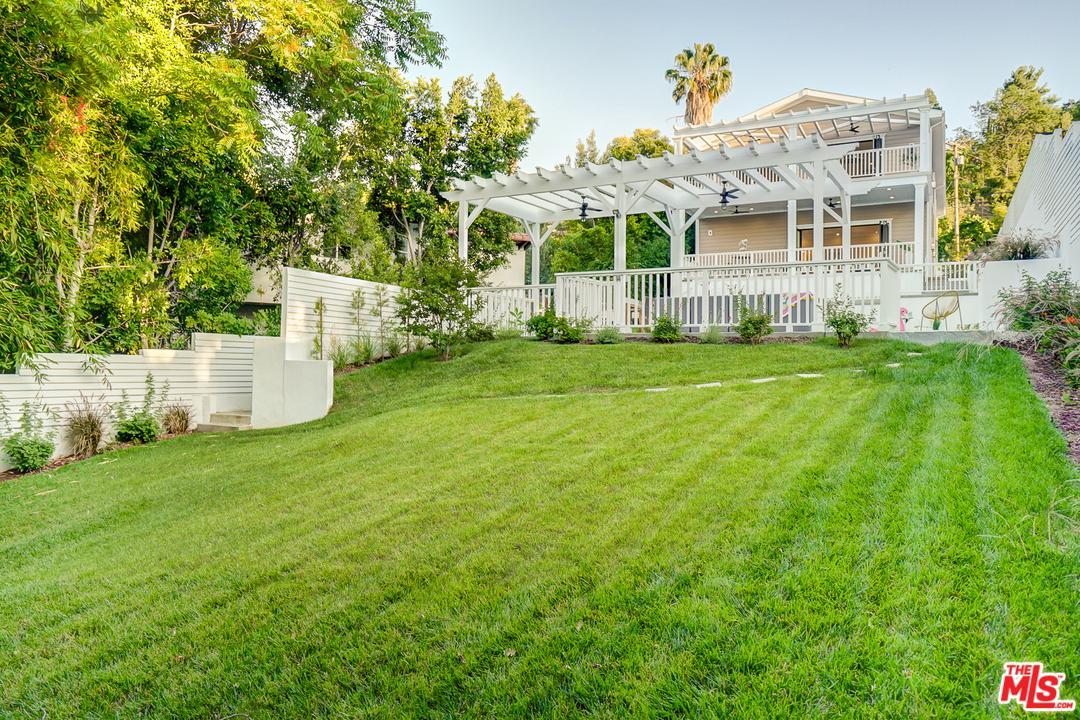 Photo of 14533 VALLEY VISTA, Sherman Oaks, CA 91403