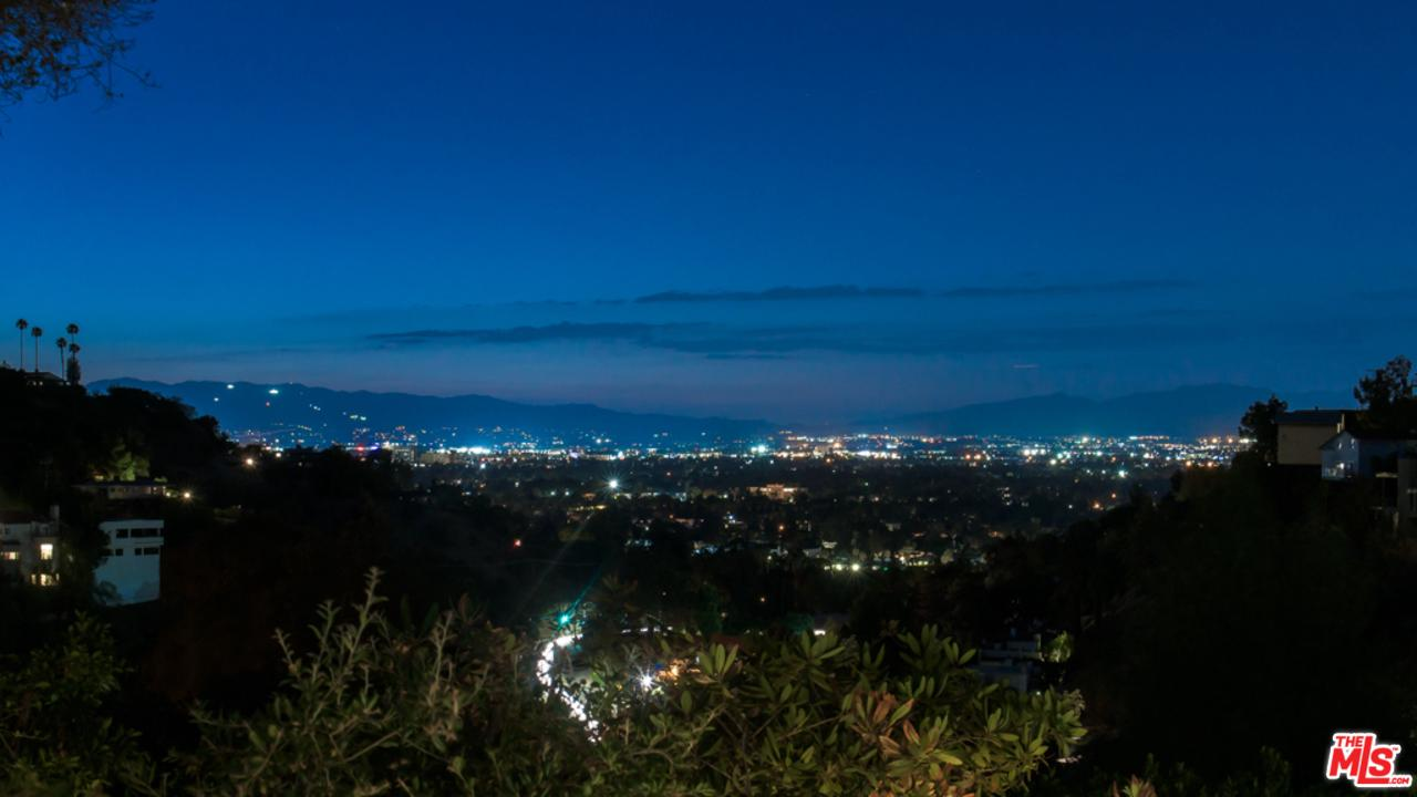 Photo of 3274 COLDWATER CANYON AVE, Studio City, CA 91604