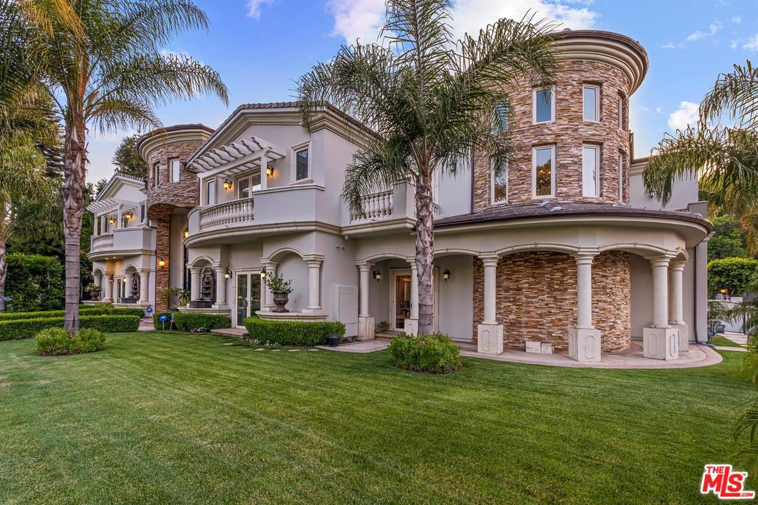 Photo of 15506 MEADOWGATE RD, Encino, CA 91436