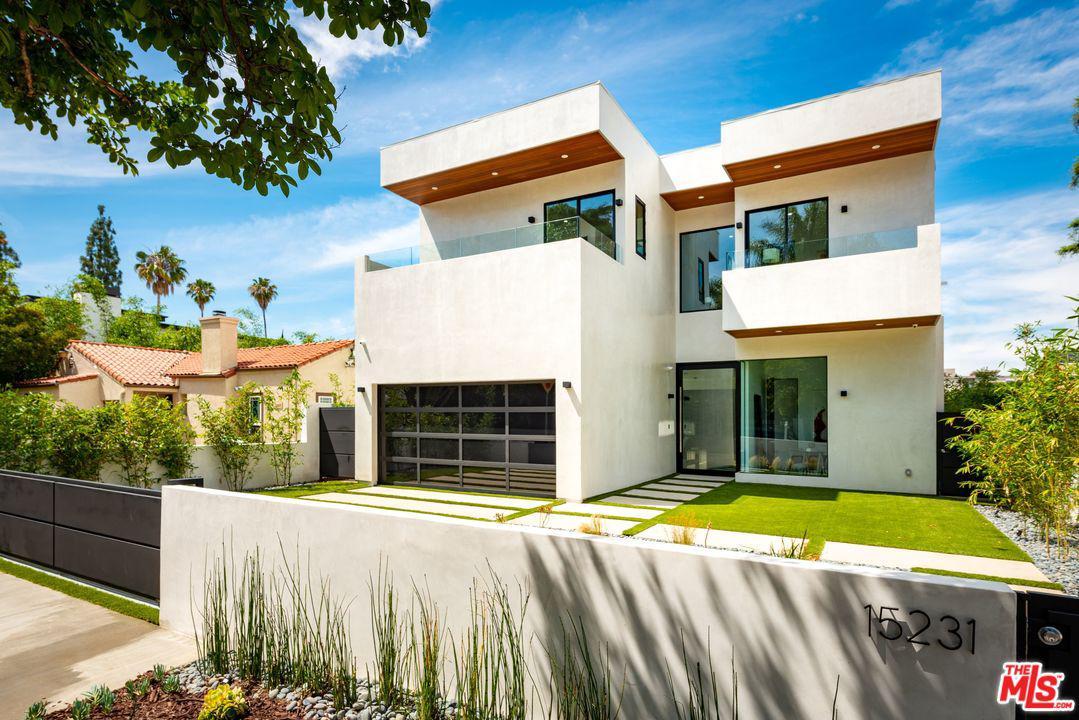 Photo of 15231 GREENLEAF ST, Sherman Oaks, CA 91403