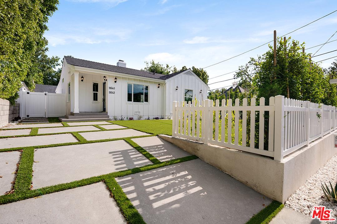 Photo of 11642 ACAMA ST, Studio City, CA 91604