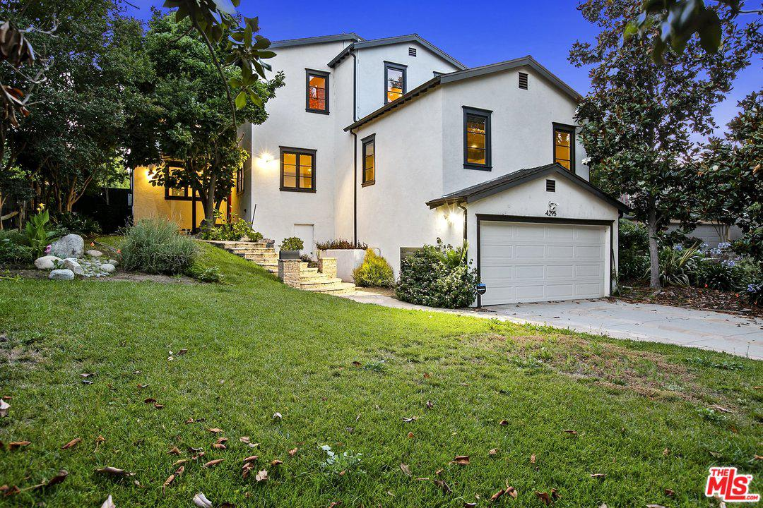 Photo of 4295 BAKMAN AVE, Studio City, CA 91602