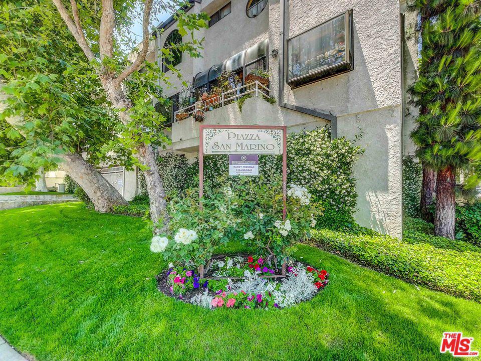 Photo of 17800 BURBANK, Encino, CA 91316