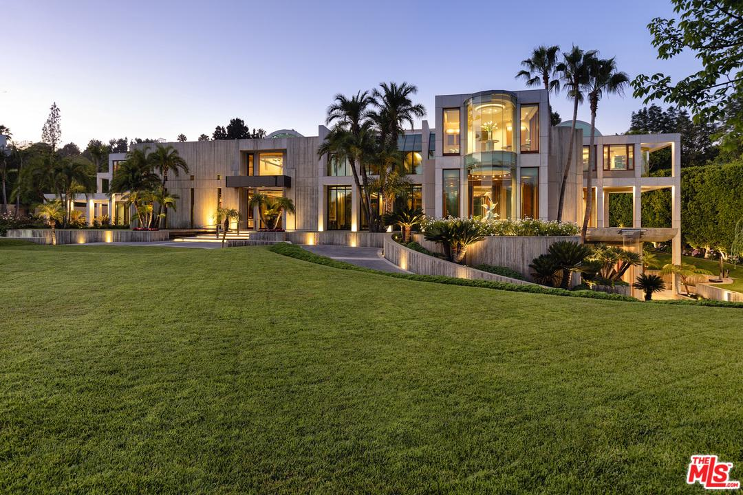 Photo of 601 MOUNTAIN DR, Beverly Hills, CA 90210