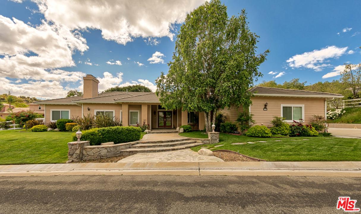 Photo of 16060 COMET Way, Canyon Country, CA 91387