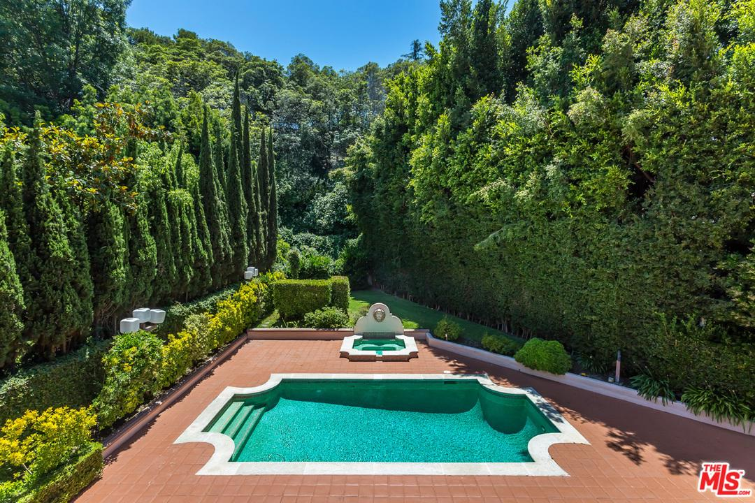 1275 BENEDICT CANYON Drive - Beverly Hills, California