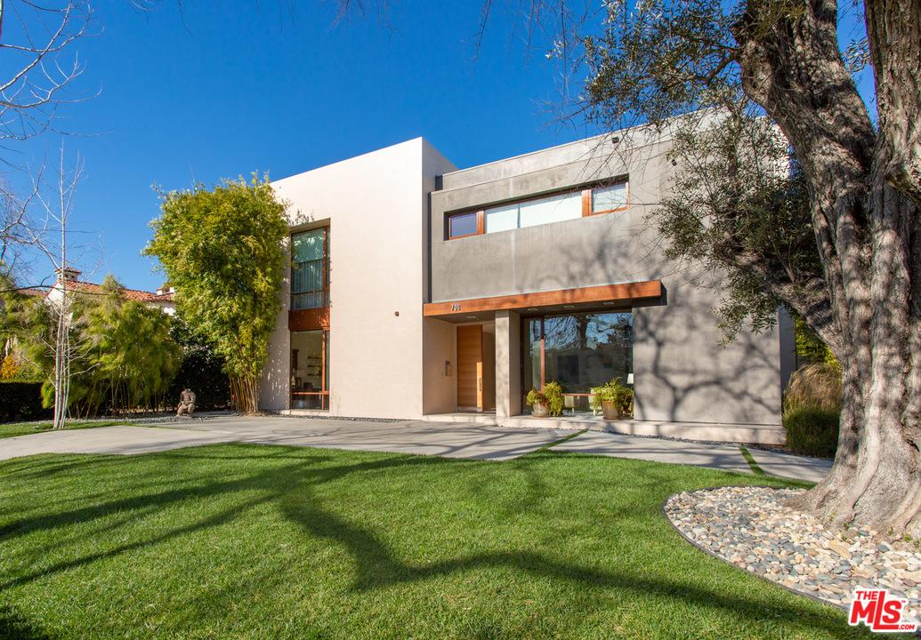 700 WALDEN Drive - Beverly Hills, California