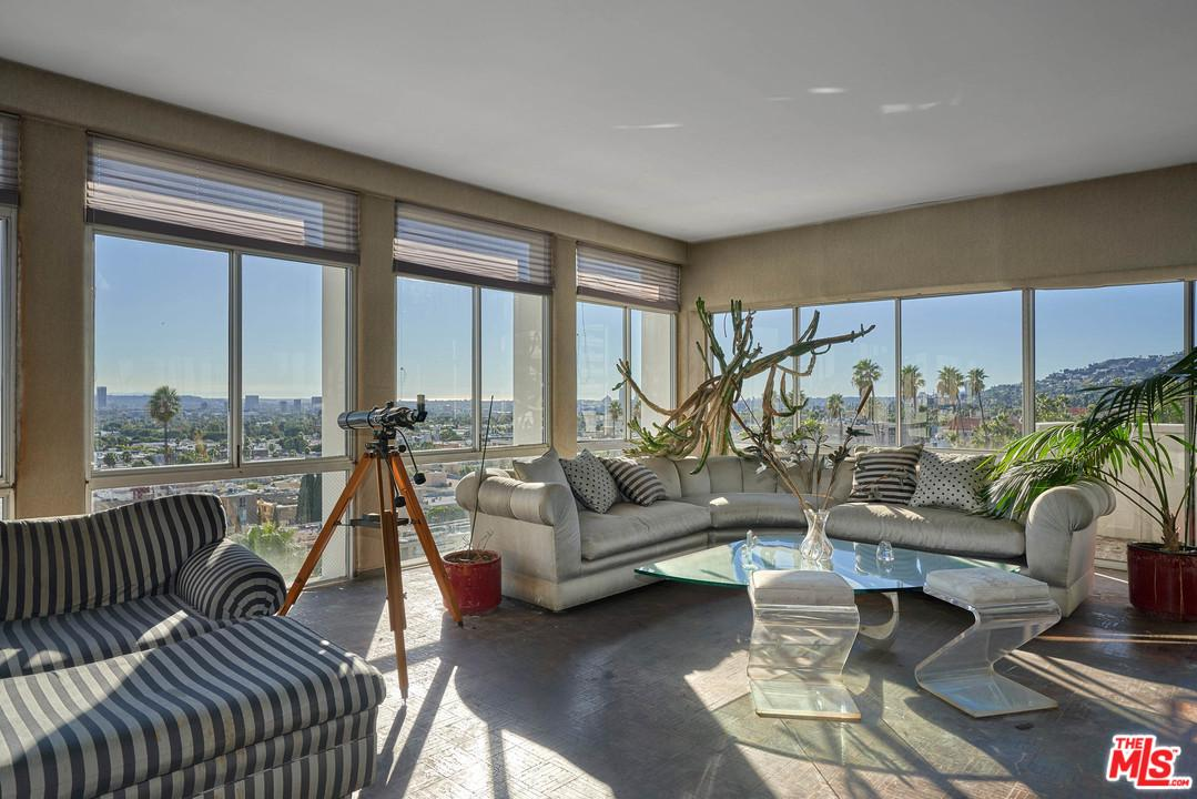 Photo of 7135 HOLLYWOOD, West Hollywood, CA 90046