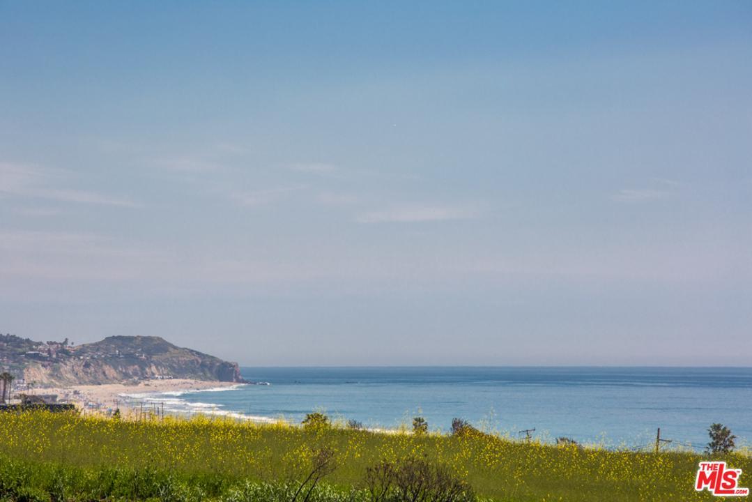 Photo of 6460 LUNITA RD, Malibu, CA 90265