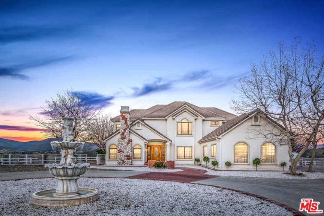 Photo of 11718 BEDWORTH RD, Agua Dulce, CA 91390