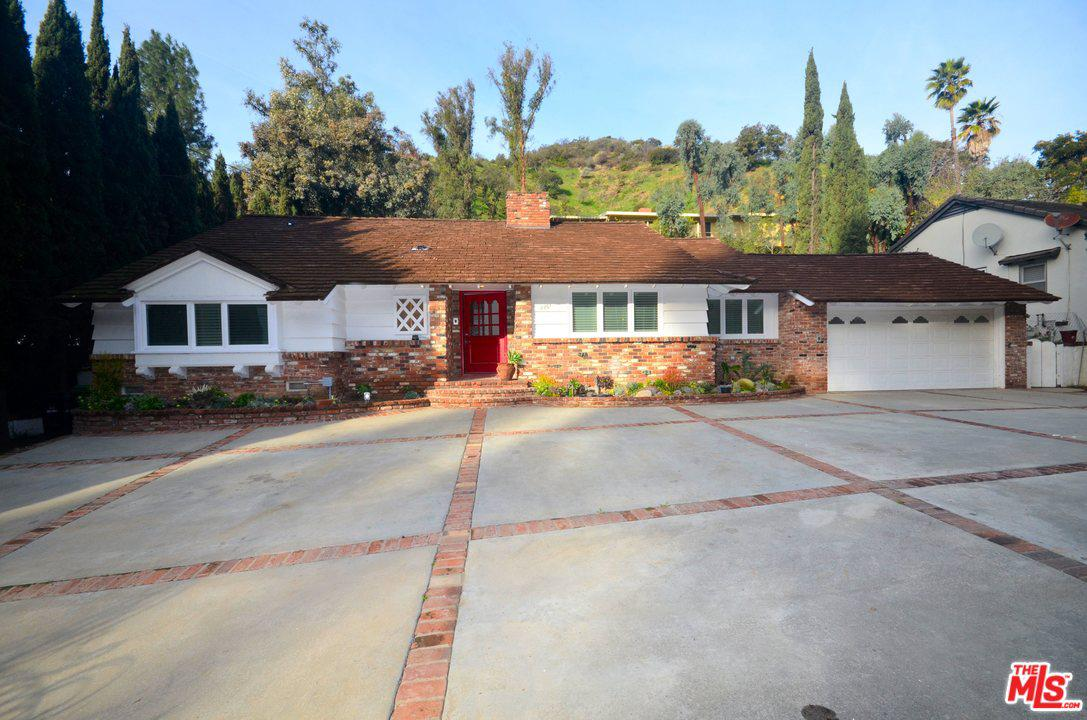 Photo of 2201 COLDWATER CANYON DR, Beverly Hills, CA 90210