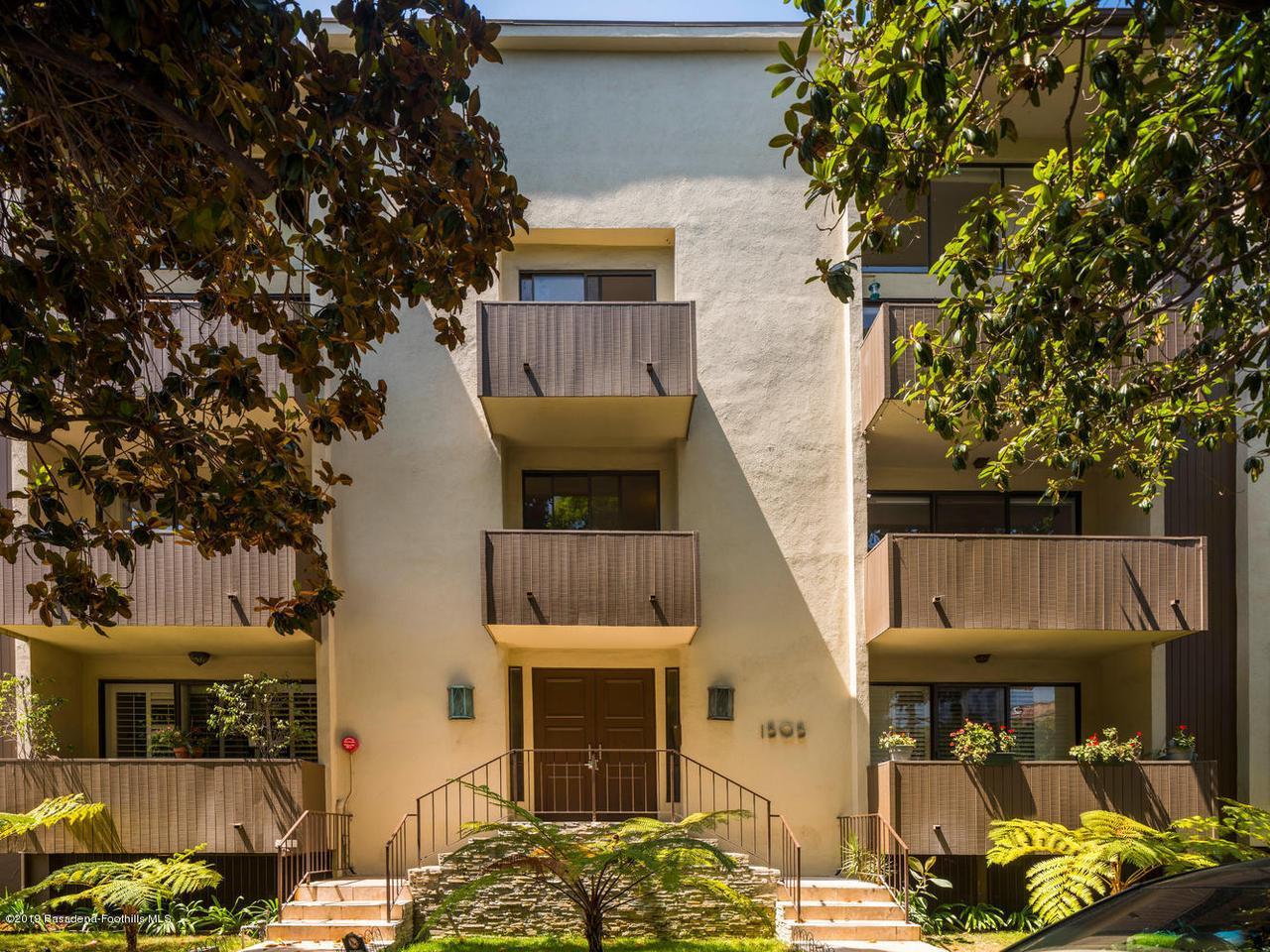 1505 S Bentley Ave, Los Angeles, California