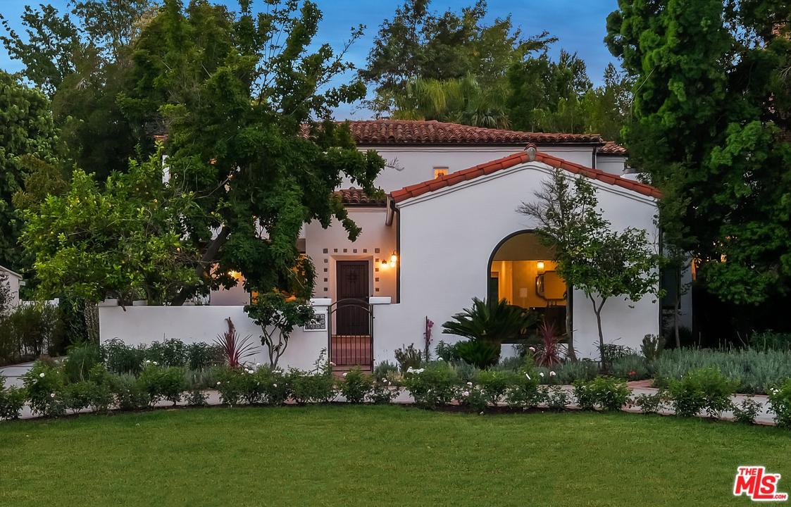 Photo of 15418 SUTTON ST, Sherman Oaks, CA 91403