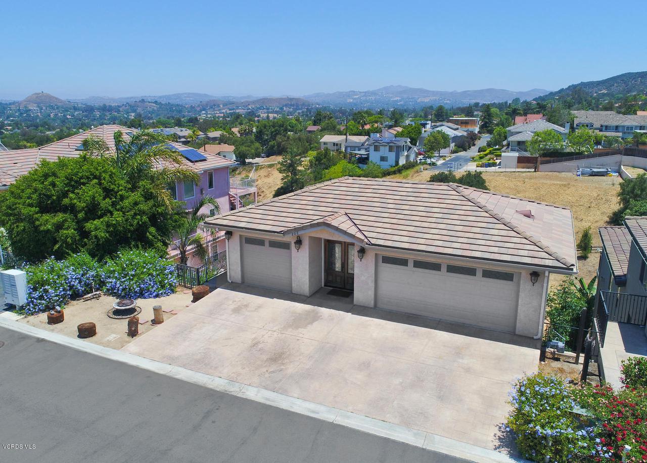208 Midbury Hill Rd, Newbury Park, California