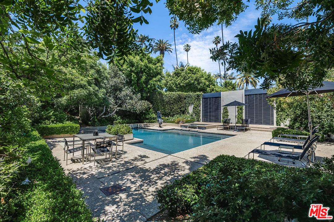 Photo of 715 N CANON DR, Beverly Hills, CA 90210