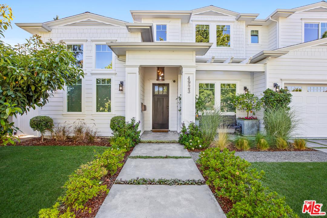 Photo of 4923 MATILIJA AVE, Sherman Oaks, CA 91423