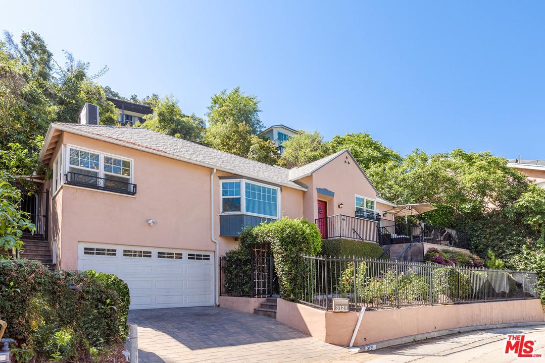 Photo of 3121 ELLINGTON DR, Los Angeles, CA 90068