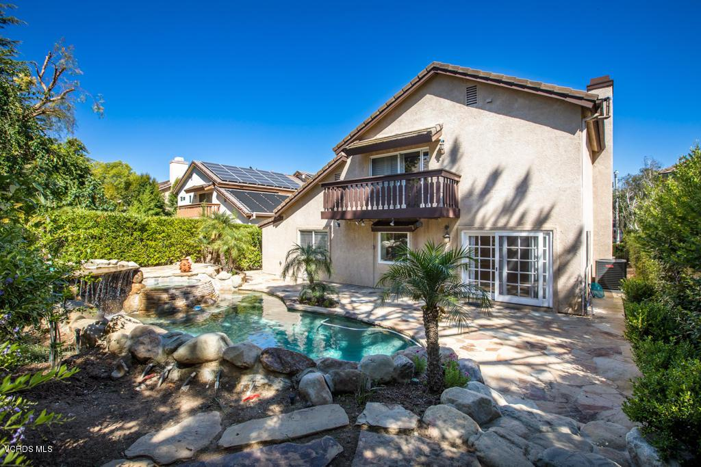 Photo of 363 COUNTRYSIDE ROAD, Oak Park, CA 91377