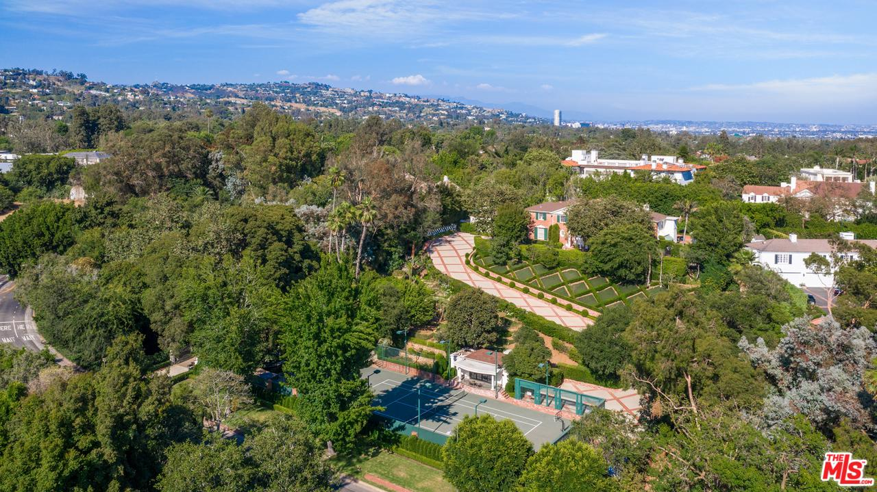 Photo of 10372 W SUNSET, Los Angeles, CA 90077