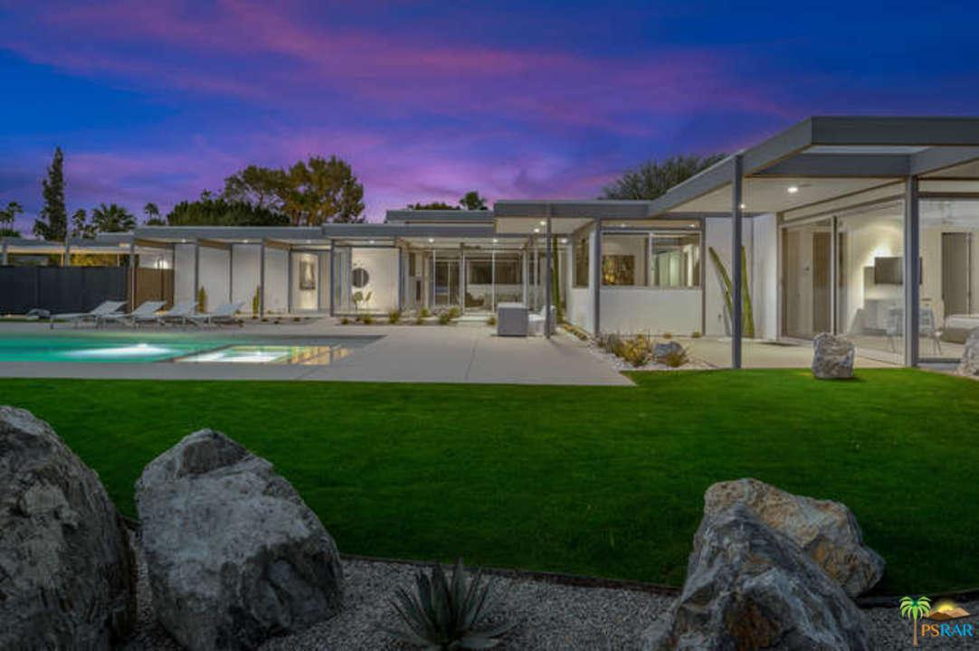 Photo of 1155 East GRANVIA VALMONTE, Palm Springs, CA 92262