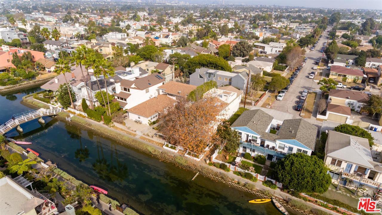 Photo of 2620 GRAND CANAL, Venice, CA 90291