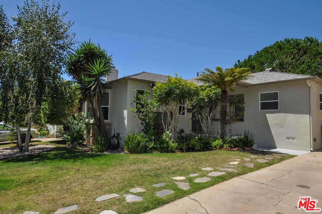 Photo of 2725 BAGLEY AVE, Los Angeles, CA 90034