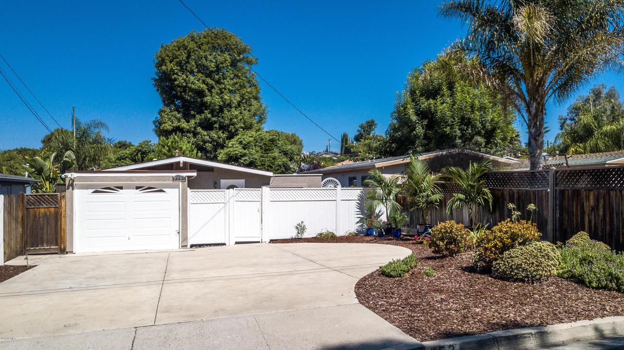 Photo of 653 GLEN OAKS ROAD, Thousand Oaks, CA 91360