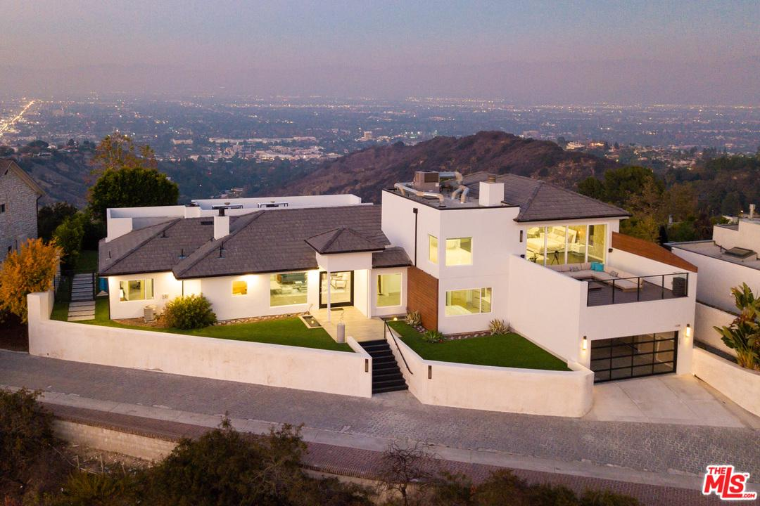 Photo of 14380 MULHOLLAND DR, Los Angeles, CA 90077