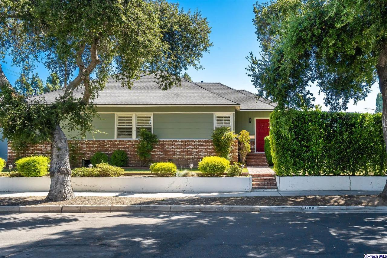 Photo of 1100 NORTH FAIRVIEW STREET, Burbank, CA 91505