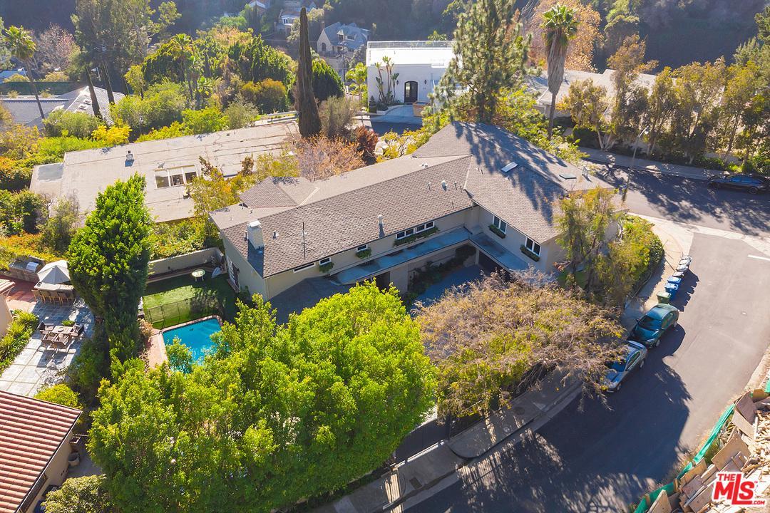 Photo of 9958 KIP DR, Beverly Hills, CA 90210
