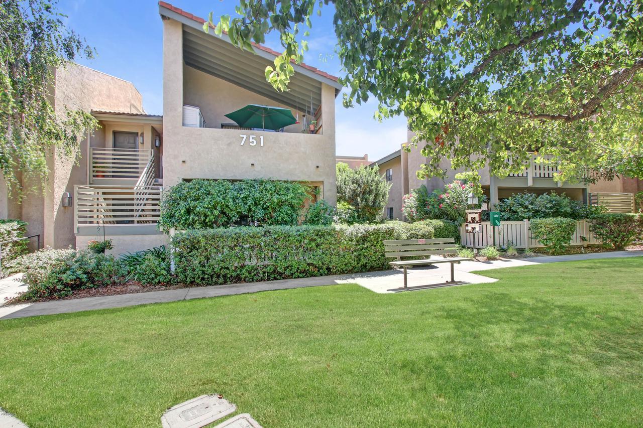 Photo of 751 BIRCHPARK CIRCLE #101, Thousand Oaks, CA 91360