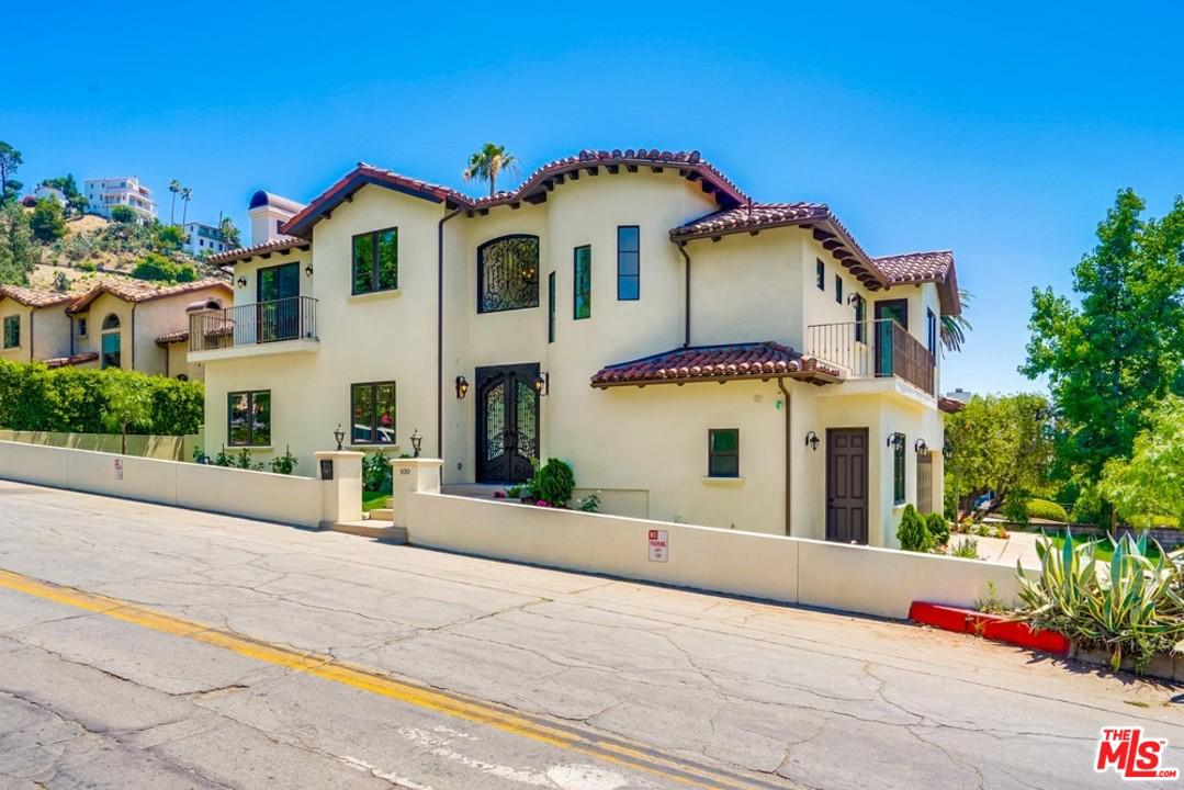 Photo of 100 COUNTRY CLUB DR, Burbank, CA 91501