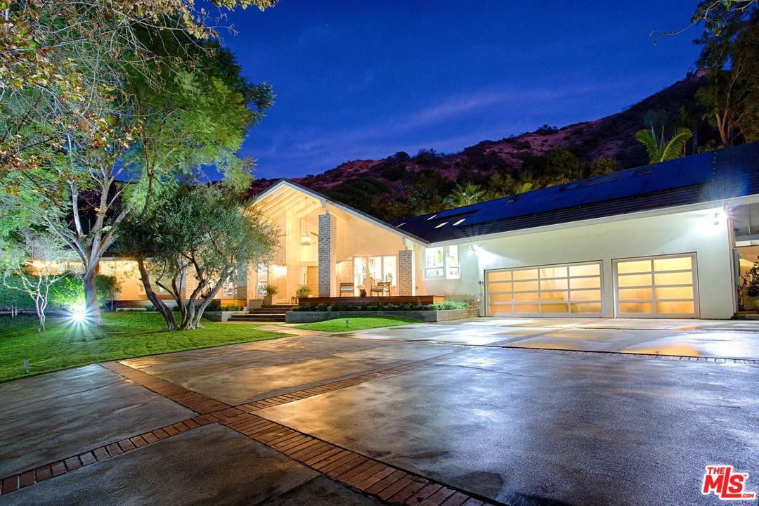 Photo of 3410 SERRA RD, Malibu, CA 90265