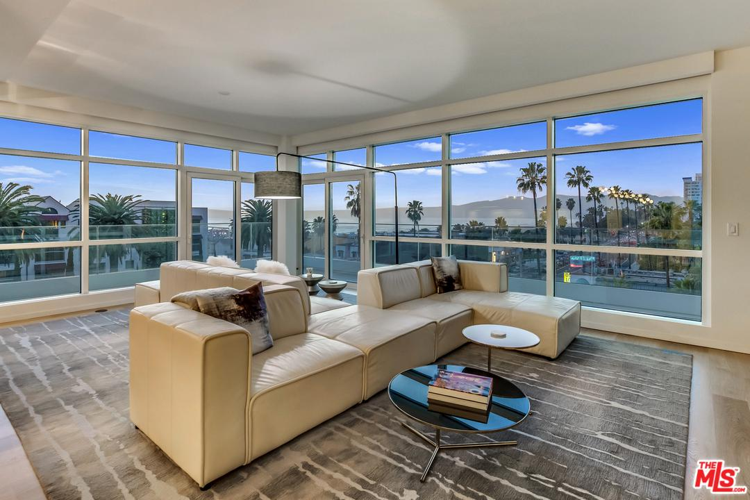 1705 OCEAN Avenue, 501 - Santa Monica, California