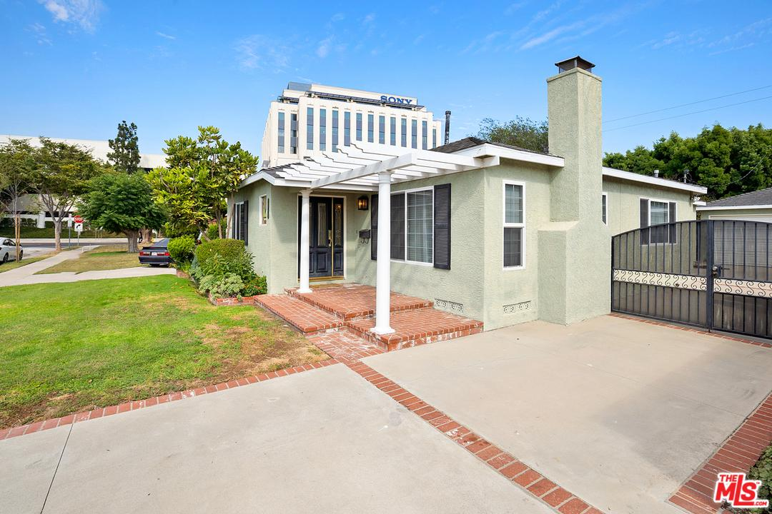 Photo of 10720 OREGON AVE, Culver City, CA 90232