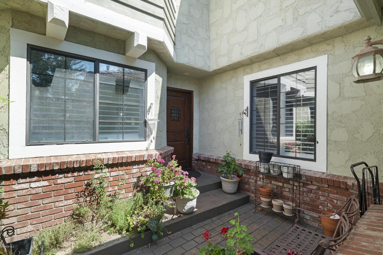 Photo of 29723 STRAWBERRY HILL DRIVE, Agoura Hills, CA 91301