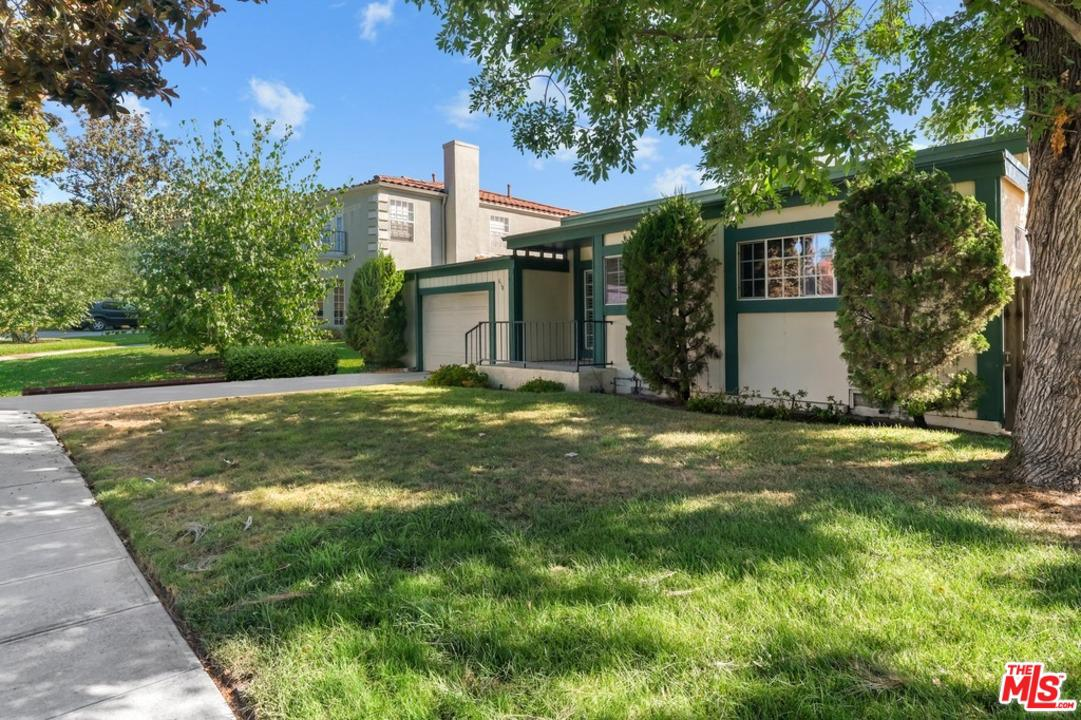 Photo of 618 S SPARKS ST, Burbank, CA 91506