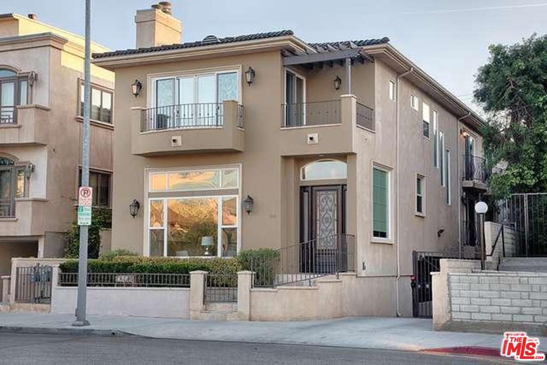 Photo of 1946 S BARRINGTON AVE, Los Angeles, CA 90025