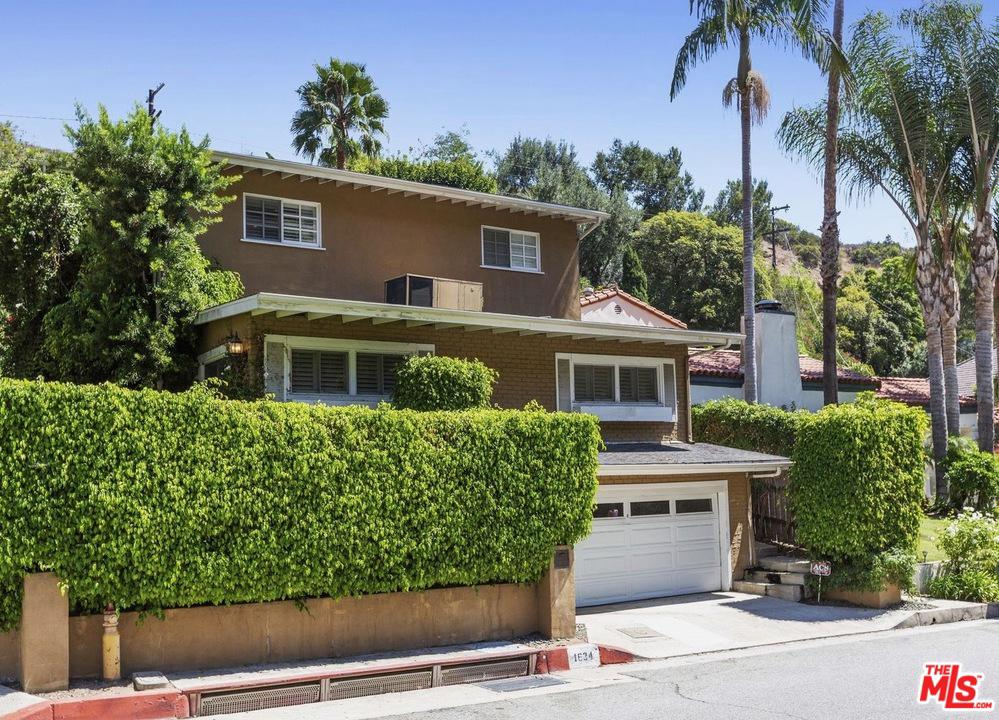 Photo of 1634 N BEVERLY DR, Beverly Hills, CA 90210