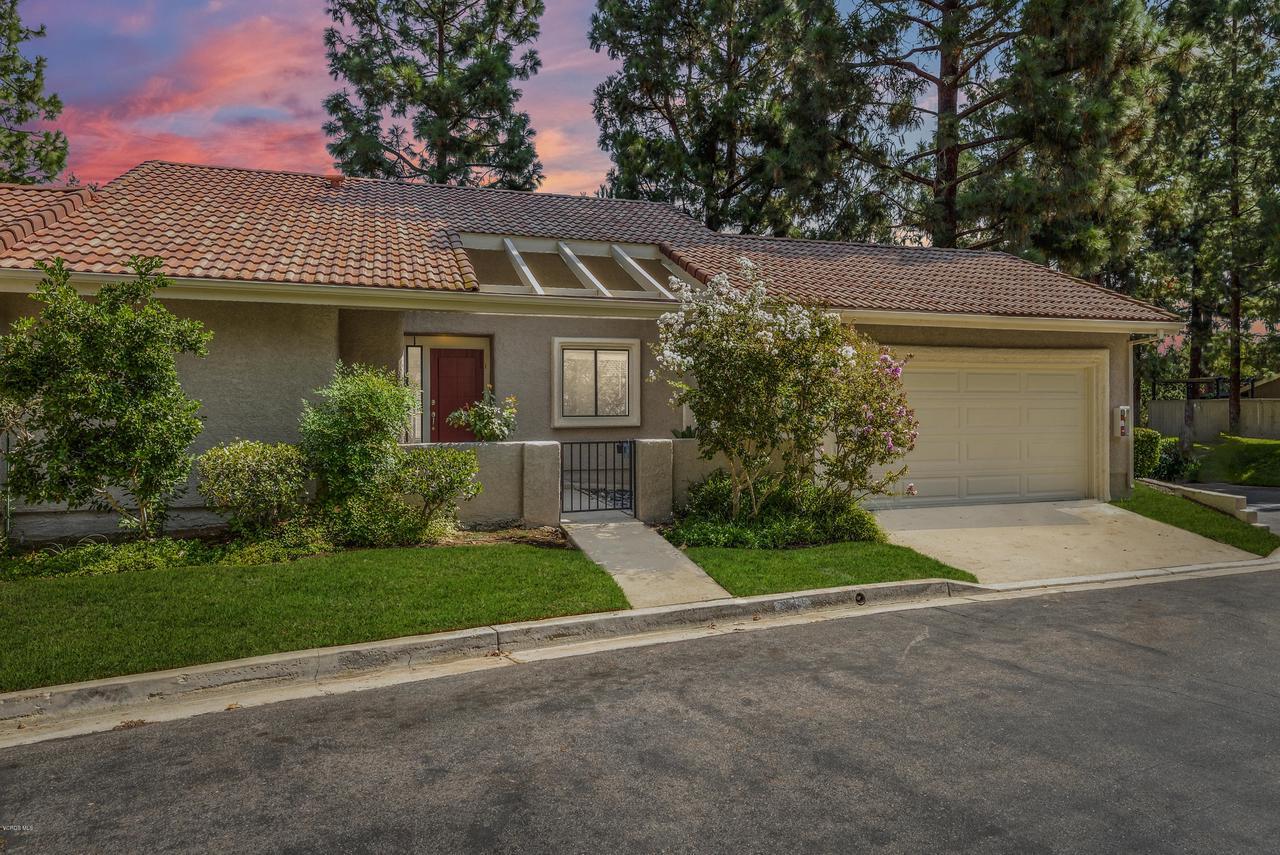 Photo of 632 VIA NOVELLA, Oak Park, CA 91377