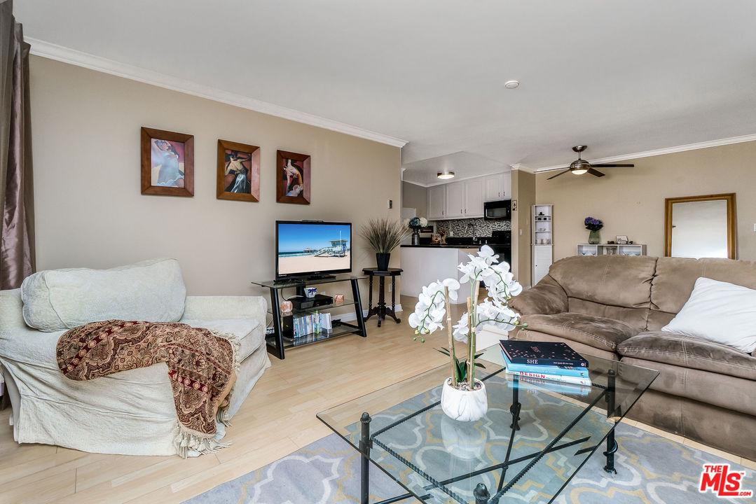 607 S PROSPECT Avenue, 204 - Redondo Beach - South, California
