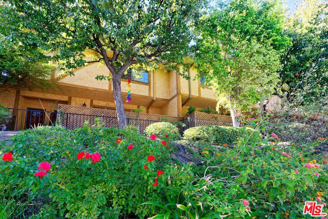 Photo of 6201 VALLEY CIRCLE, Woodland Hills, CA 91367